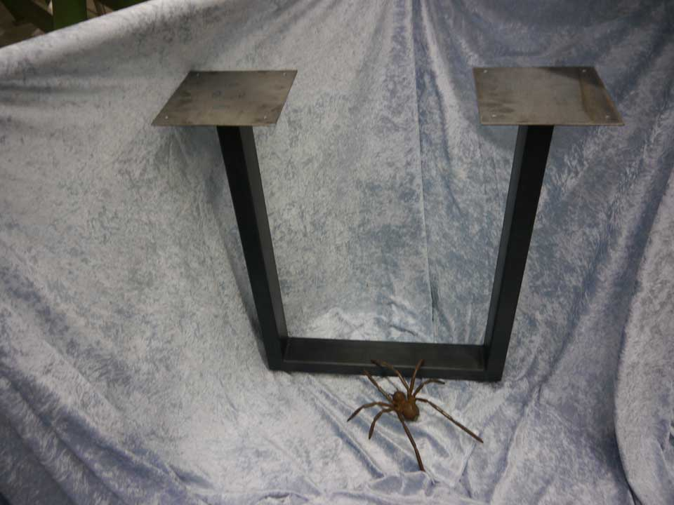 wunderbar metalltischgestelle bilder benutzerdefinierte. Black Bedroom Furniture Sets. Home Design Ideas